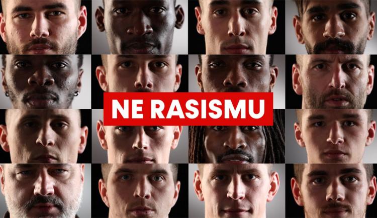 Dnes je Mezinárodní den za odstranění rasové diskriminace. Slavia říká NE rasismu!