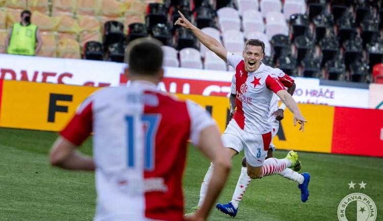 Slavia ovládla derby! Sešívaní porazili Spartu 2:0 a výrazně se přiblížili k obhajobě titulu
