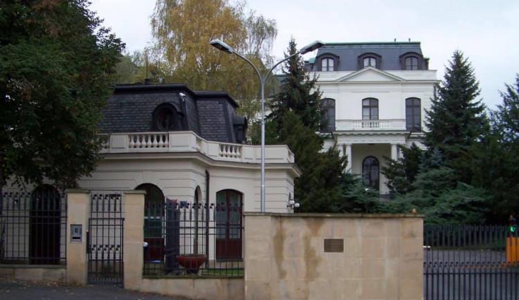 Vraťte nám kus Stromovky, který jste zabrali při okupaci, vyzvala Praha ruskou stranu