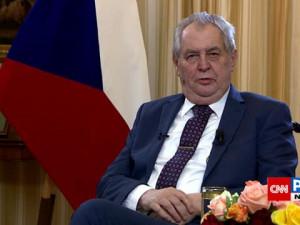 Zeman žádá důkladné vyšetřování Vrbětic, pak rozhodnout o Dukovanech