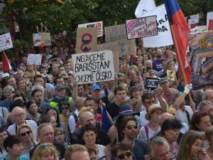 V Praze ve čtvrtek proběhne demonstrace Milionu chvilek proti inklinaci k Rusku