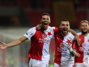 Mistři! Slavia si na oslavu titulu s chutí zastřílela, Plzeň porazila 5:1