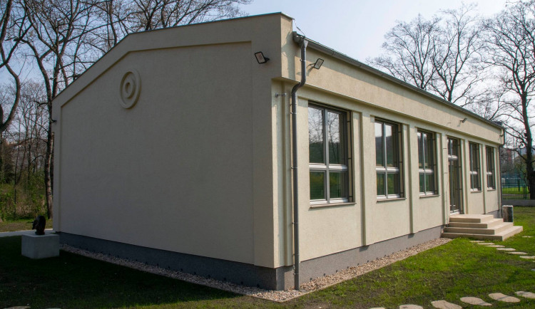 V Praze 10 se otevře nové centrum pro mládež. Provozovat ho bude organizace YMCA