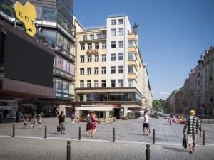 Z Revoluční ulice bude promenáda s širokými chodníky, lavičkami a dlažbou místo asfaltu