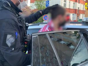 Celkem šest pachatelů zadrželi během jedné své směny pražští policisté
