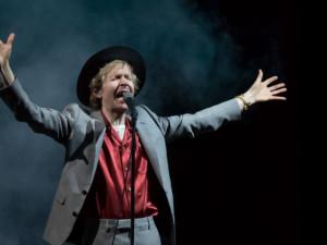 Americký hudebník Beck přijede do Prahy. Příští rok zahraje na Metronome Prague