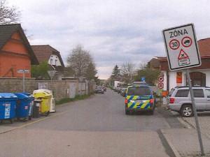 Pražští kriminalisté hledají svědky vážné dopravní nehody z konce dubna. Nebyli jste poblíž?
