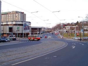 Olšanská ulice na Žižkově se promění. Chodci a cyklisté dostanou více prostoru