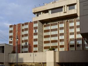 Při rekonstrukci hotelu InterContinental bylo objeveno 35 tun azbestu. Lidem nebezpečí nehrozí