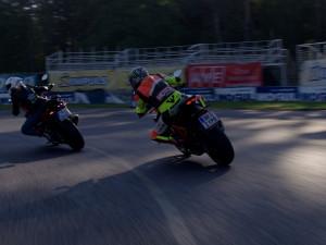 Motocyklisté trénují bezpečnou jízdu na polygonech v České republice