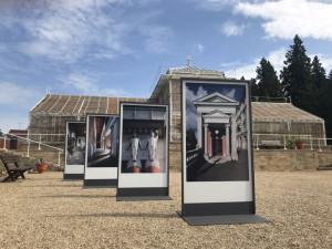 Výstavu o architektu Plečnikovi zahájila v Lánech slovinská velvyslankyně Strniša