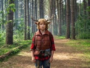 Netflix sází na postapokalyptické sci-fi thrillery a příběh jeleního chlapce, HBO na terapii