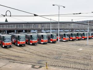 V Praze vozily hranaté tramvaje T6 cestující téměř čtvrtstoletí. Předtím jezdily v Bratislavě nebo v Košicích