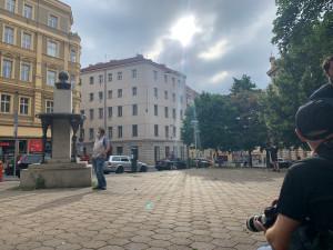 V Praze měl proběhnout protest za Roma, který zemřel po zákroku policie. Nikdo nepřišel