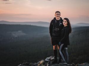 Mladí manželé z Prahy založili projekt Fotíme Šumavu, teď vytvořili i Šumavské deníky