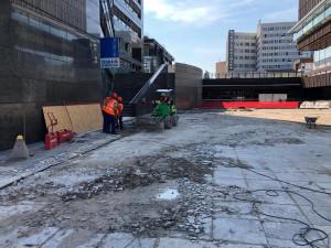 Z důvodu oprav terasy u metra Budějovická je uzavřený jižní výstup ze stanice