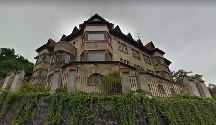 Místní nechtějí, aby šla vila pod Strahovem k zemi. Proti demolici vznikla petice