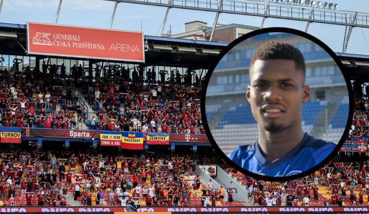 Fanoušci Sparty rasisticky uráželi jednoho z hráčů. Klub incident vyšetřuje