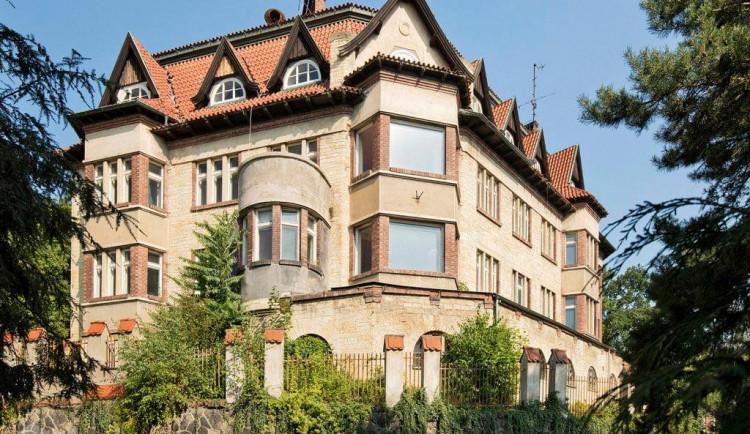 Praha nechce zbourat vilu pod Strahovem. Odvolá se proti rozhodnutí o demolici
