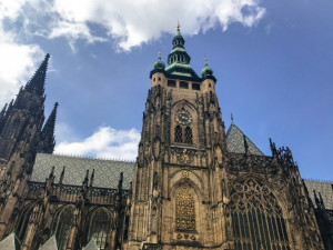 Místo korunovace českých králů i jejich posledního odpočinku. Navštivte spolu s Drbnou katedrálu svatého Víta