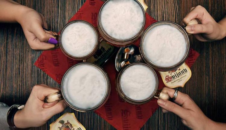 Pivovar Svijany představuje nové designové svijanské půllitry