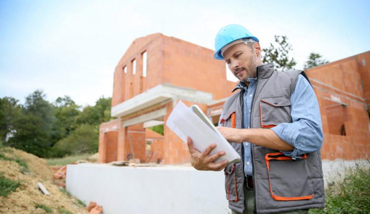 Technologie výstavby a její vliv na odhad ceny domu