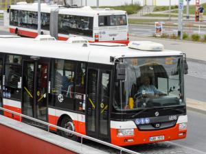 Pražský dopravní podnik chce koupit 253 autobusů za téměř dvě miliardy korun