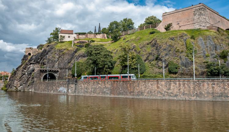 Výluka mezi Podolím a Výtoní zastaví do konce srpna v tomto úseku provoz tramvají