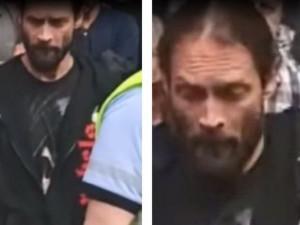 Muž na demonstraci zaútočil na policisty. Ti po něm nyní pátrají