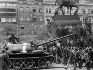 Srpnovou okupaci si metropole připomene filmovou projekcí, debatou i koncertem
