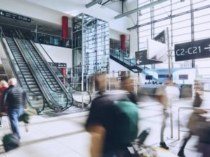 Letiště Praha posílí kontroly cestujících na příletech