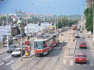 Některé zastávky v Praze změnily jména. Přibyly také nové linky