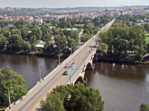 Kdo opraví Libeňský most a jeho okolí? Známo by mělo být do konce roku