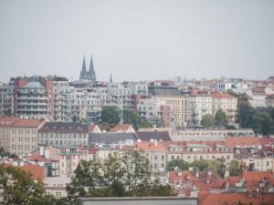 Praha koupí od dopravního podniku pět budov. Postaví v nich 175 bytů