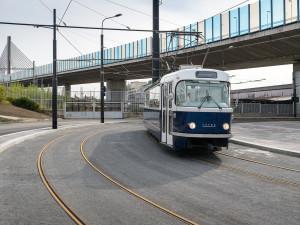 Tramvajová smyčka na Zahradním Městě je dokončena. Vlaková zastávka bude v provozu od 24. září