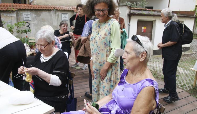 V bývalé škole v Praze 5 se obnovilo centrum pro seniory