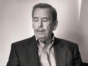 Před 85 lety se narodil Václav Havel, první český prezident i výrazná postava československého disentu