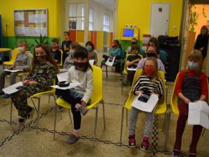 Plošné testování školáků a jiná karanténní opatření. Praha žádá změnu